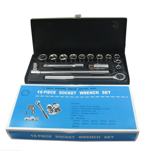 16 Piece Socket Wrench Set (1/2