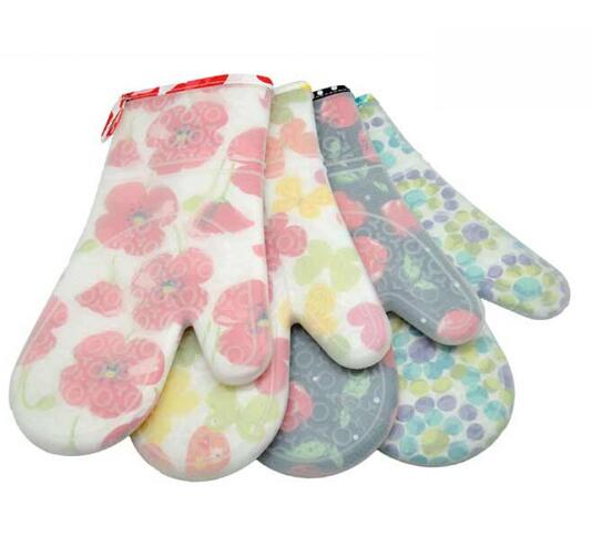 Heat Resistant Insulated Thick Flower Cloth Insulated silicone Gloves For Baking