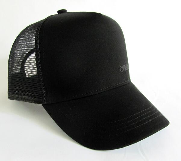 Wholesale black color customized logo baseball truckler cap with mesh back
